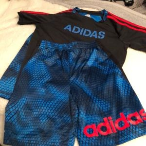 Adidas short outfit size 7x boys